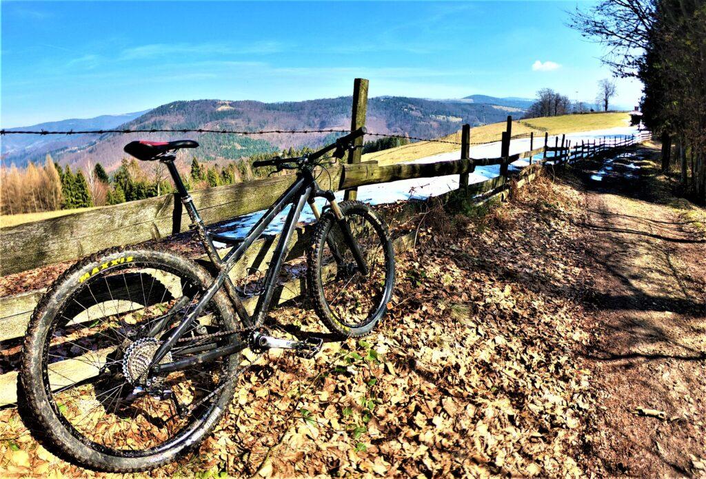 Równica Trzy Kopce Cieńków rowerem